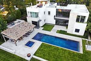 9111 Memorial, Houston  Listing price: $6.9 million Sold range: $5.864 million to $6.767 million