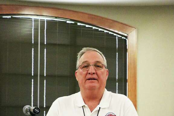 City Manager Gary Broz has announced his retirement and resignation as city manager from the city of Liberty. He will retire and then take a job with the city of Eagle Lake.