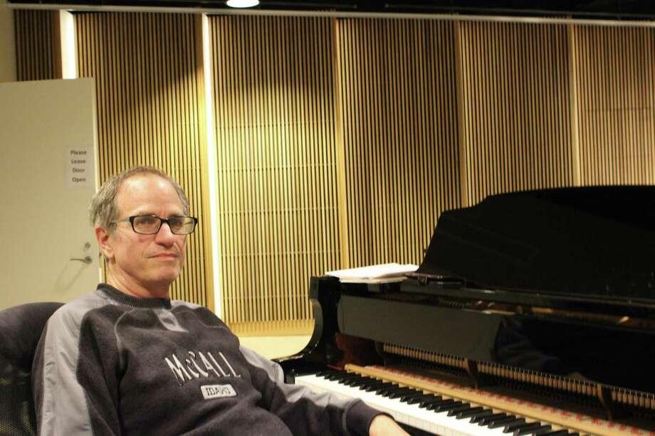Dwayne Condon, director of music and fine arts at the Noroton Presbyterian Church Photo: Humberto J. Rocha / Hearst Connecticut Media / Darien News
