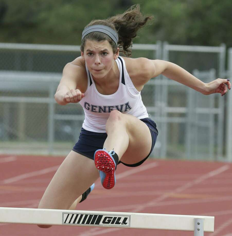 Boerne Geneva's Amy Ambelang prepared for the TAPPS state track and field meet by recording her personal best times at the Texas Relays in March. Photo: Tom Reel / San Antonio Express-News / 2017 SAN ANTONIO EXPRESS-NEWS