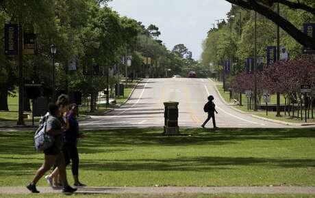 Students at Prairie View A&M University walk between classes Thursday, April 12, 2018, in Prairie View.  ( Jon Shapley / Houston Chronicle )