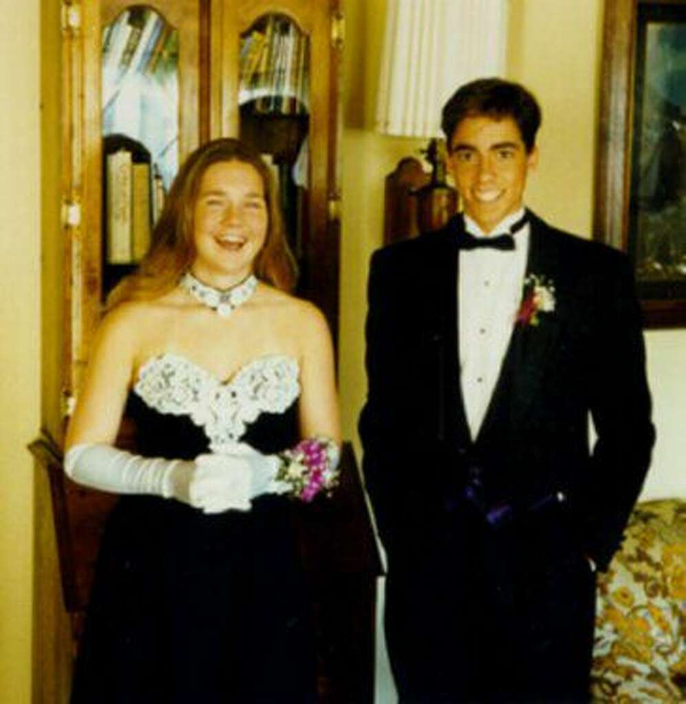 1994: Black and White Colorways Black and white is a classic color combo, but it really had a moment in the mid-'90s. Here, this girl wears a strapless black number with white lace detailing and gloves. Photo: Flickr/David Floyd