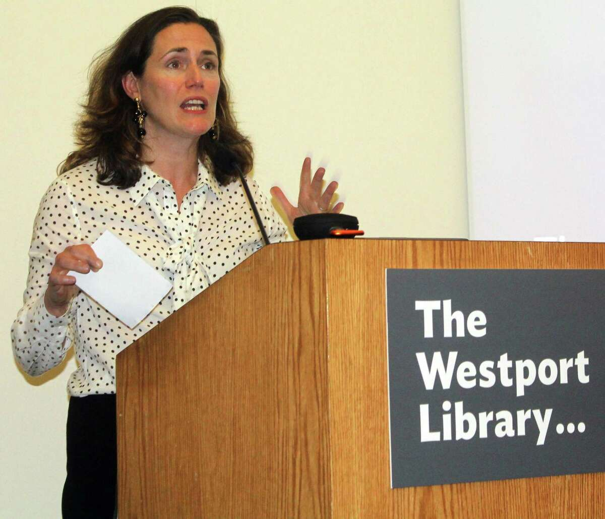 Democratic Women of Westport Co-Chair Rebecca Martin introduced political media consultant Will Robinson for his talk at the Westport Library on April 30.