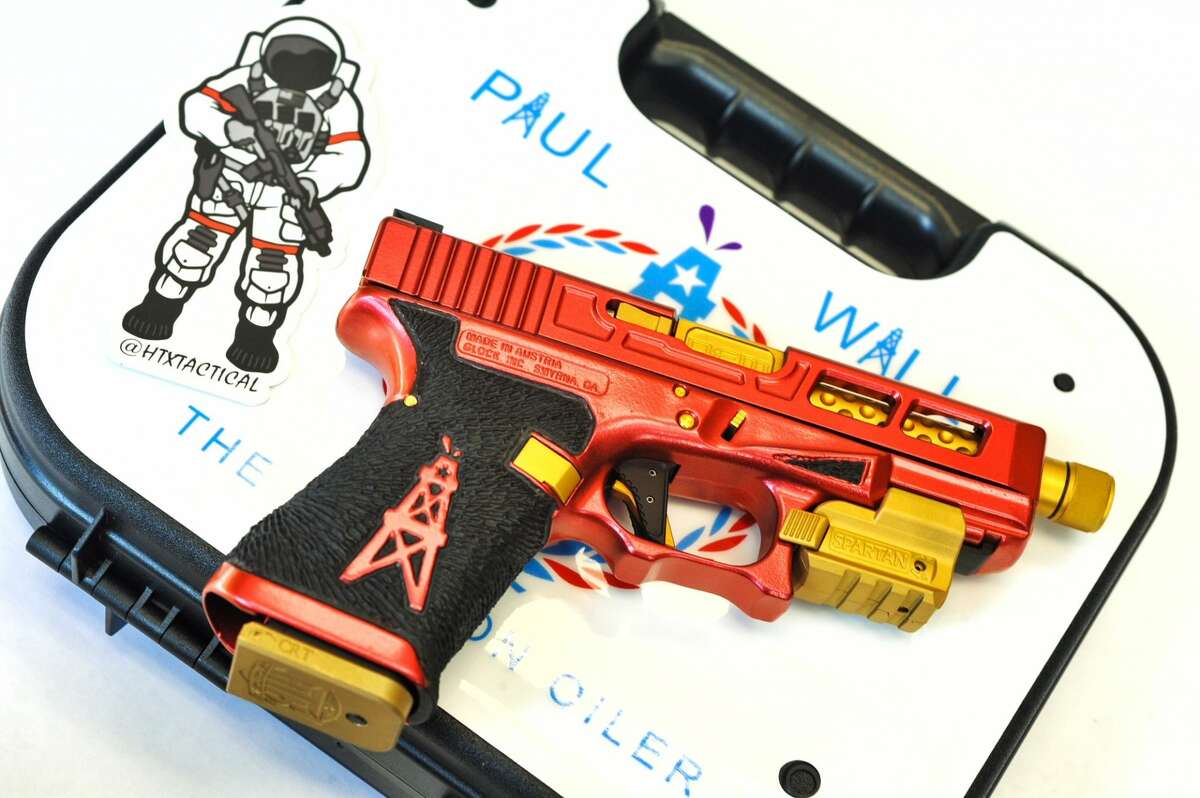 Houston gun aficionados HTX Tactical Firearms have customized a Glock 17 with Rockets branding for rapper Paul Wall. Swipe through to see more customization HTX has done for folks around Houston.
