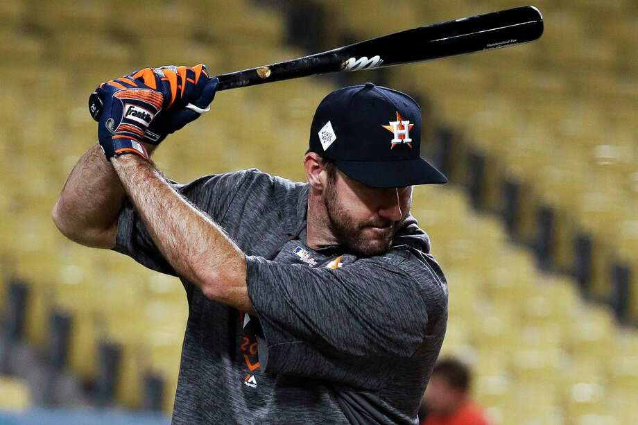 Astros ace Justin Verlander will get to swing the bat in a game for the first time since Game 6 of the World Series during this weekend's interleague series at Arizona. Photo: Karen Warren, Houston Chronicle / @ 2017 Houston Chronicle
