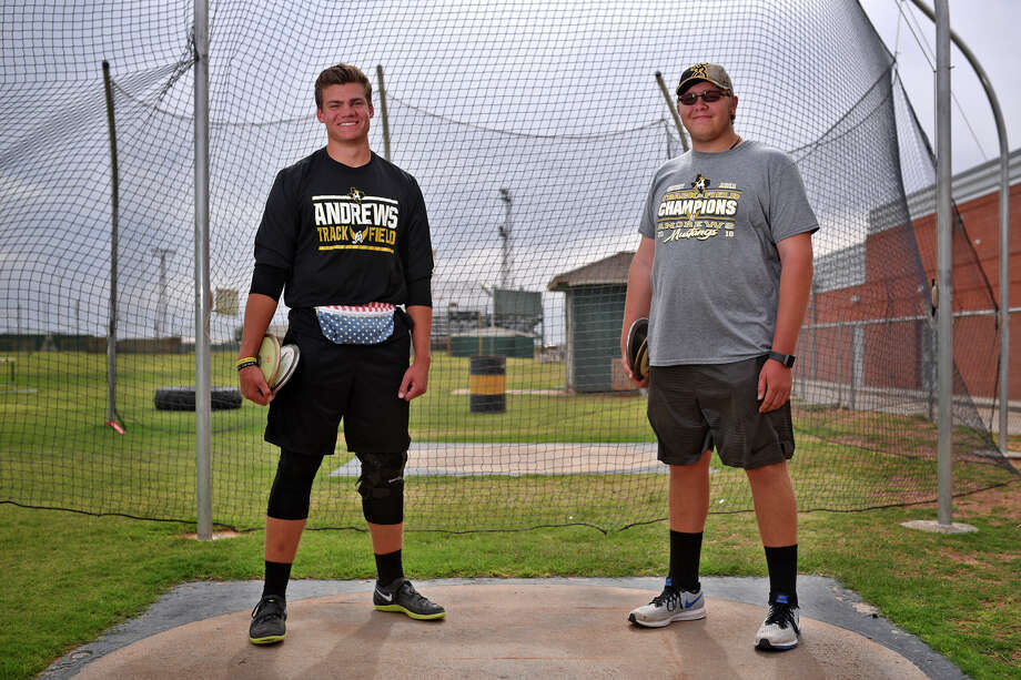 Andrews discus competitors from left, Jacob Mechler and Paxton Hair, photographed May 2, 2018, in Andrews. James Durbin/Reporter-Telegram Photo: James Durbin