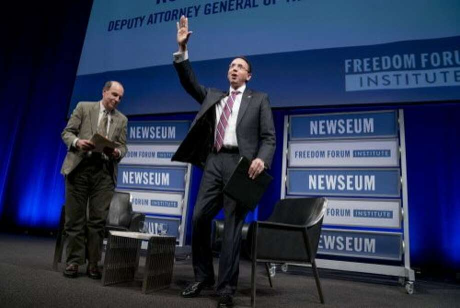 Deputy Attorney General Rod Rosenstein waves as he departs after a talk at the Newseum in Washington. Photo: Andrew Harnik / Associated Press