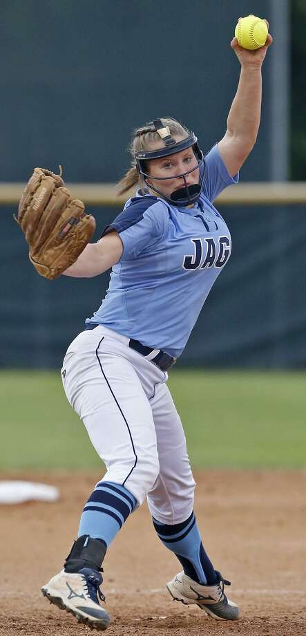 Johnson's Kailey Brown pitches against O'Connor during their Class 6A second-round series held Thursday May 3, 2018 at Northside ISD Field No. 1. Photo: Edward A. Ornelas, Staff / San Antonio Express-News / © 2018 San Antonio Express-News