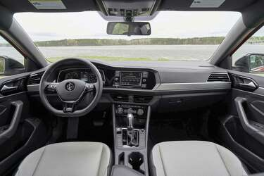 VW's revamped 2019 Jetta R-Line delivers bang for the buck - Houston