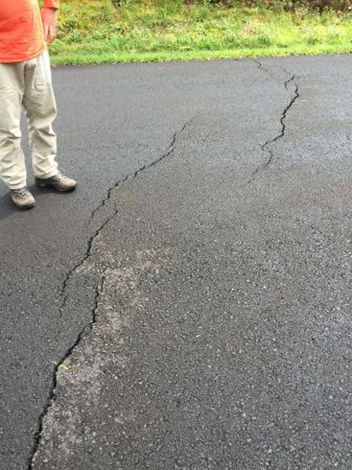 May 1, 2018: Cracks appear in roads in and around Leilani Estates USGS reports,