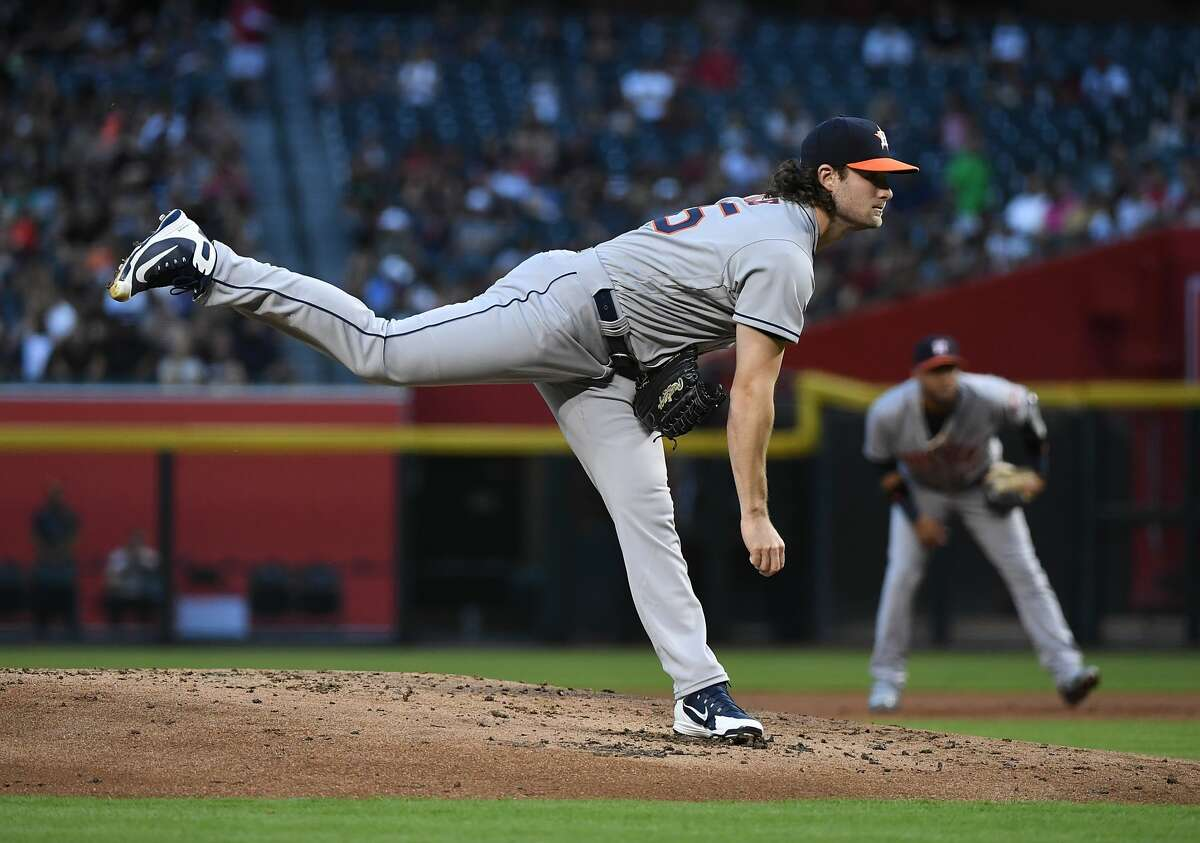 PHOENIX, AZ - MAY 04: Gerrit Cole #45 of the Houston Astros delivers a first inning pitch against the Arizona Diamondbacks at Chase Field on May 4, 2018 in Phoenix, Arizona. Astros won 8-0. (Photo by Norm Hall/Getty Images)