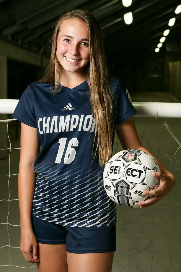 Boerne Champion's Kaitlin Moore scored her 100th career soccer goal last week. Photo: Marvin Pfeiffer / Staff / Express-News 2018