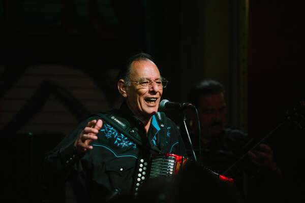 San Antonio Tejano music star Flaco Jimenez, Santiago Jimenez Jr. and other musicians entertained crowds at Cinco de Mayo Tex Mex Bash 2018 at Paper Tiger. The May 5, 2018, event was headlined by Garrett T. Capps and D.T. Buffkin.