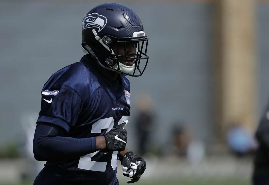 Seattle Seahawks running back Rashaad Penny runs a drill Friday, May 4, 2018, during NFL football rookie camp in Renton, Wash. Photo: Ted S. Warren/AP