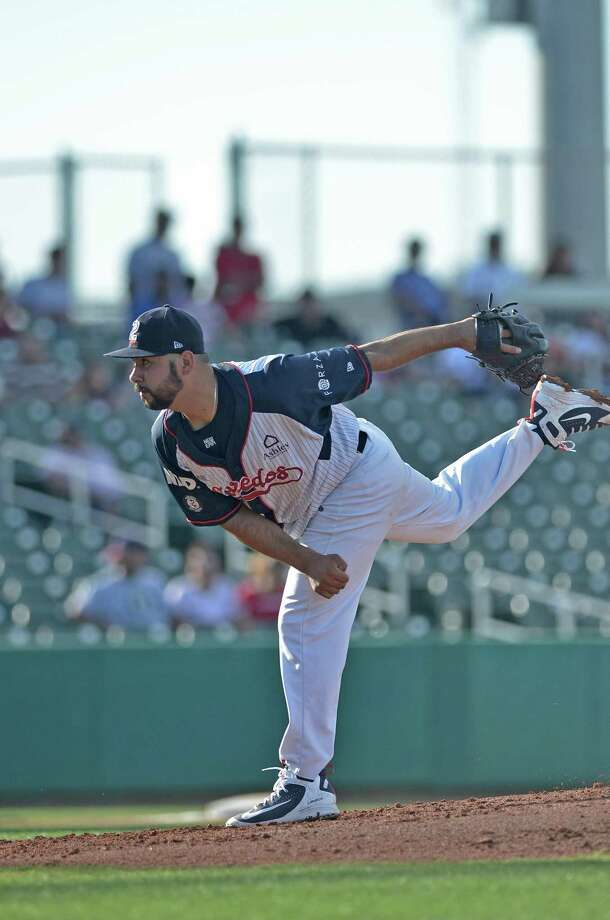 The Tecolotes Dos Laredos lost 8-1 at Monterrey Saturday, their 14th loss in 16 games. Starting pitcher Tony Guerra fell to 1-3 giving up four runs in 4.1 innings. Photo: Christian Alejandro Ocampo /Laredo Morning Times File / Laredo Morning Times