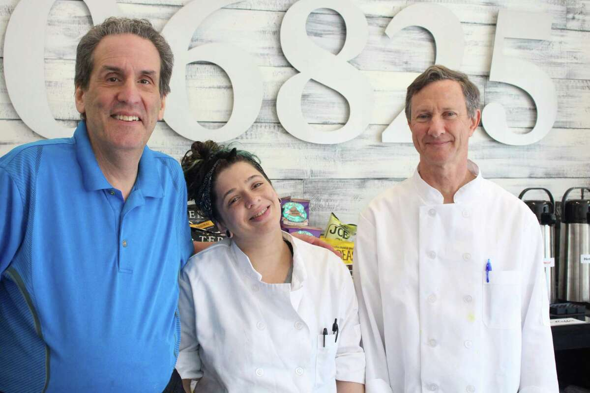 Fred 06825 owner Fred Kaskowitz, sous chef Caitlin Rissman and executive chef David Johnson at the new Fairfield establishment.