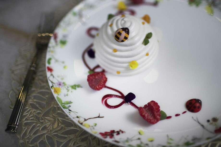 Bloom & Bee's Baked Alaska prepared with fried meringue, vanilla bean and elderflower ice cream. Photo: Marie D. De Jesus, Houston Chronicle / Houston Chronicle / © 2018 Houston Chronicle
