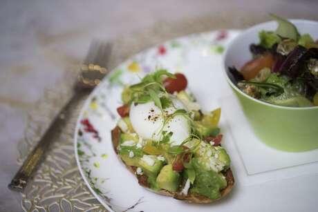 Bloom & Bee's Avocado and Tomato Tartine looks like an Instagram winner.