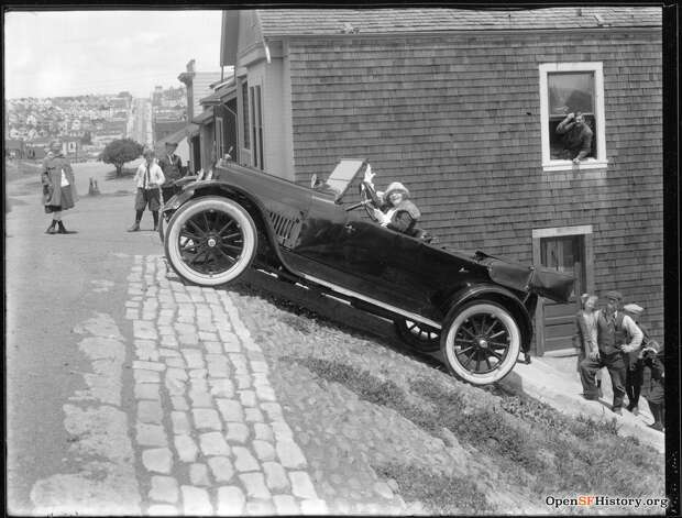 A daredevil driver parks at the top of Duncan and Noe, circa 1923.  Photo courtesy ofOpenSFHistory. Photo: OpenSFHistory/Courtesy
