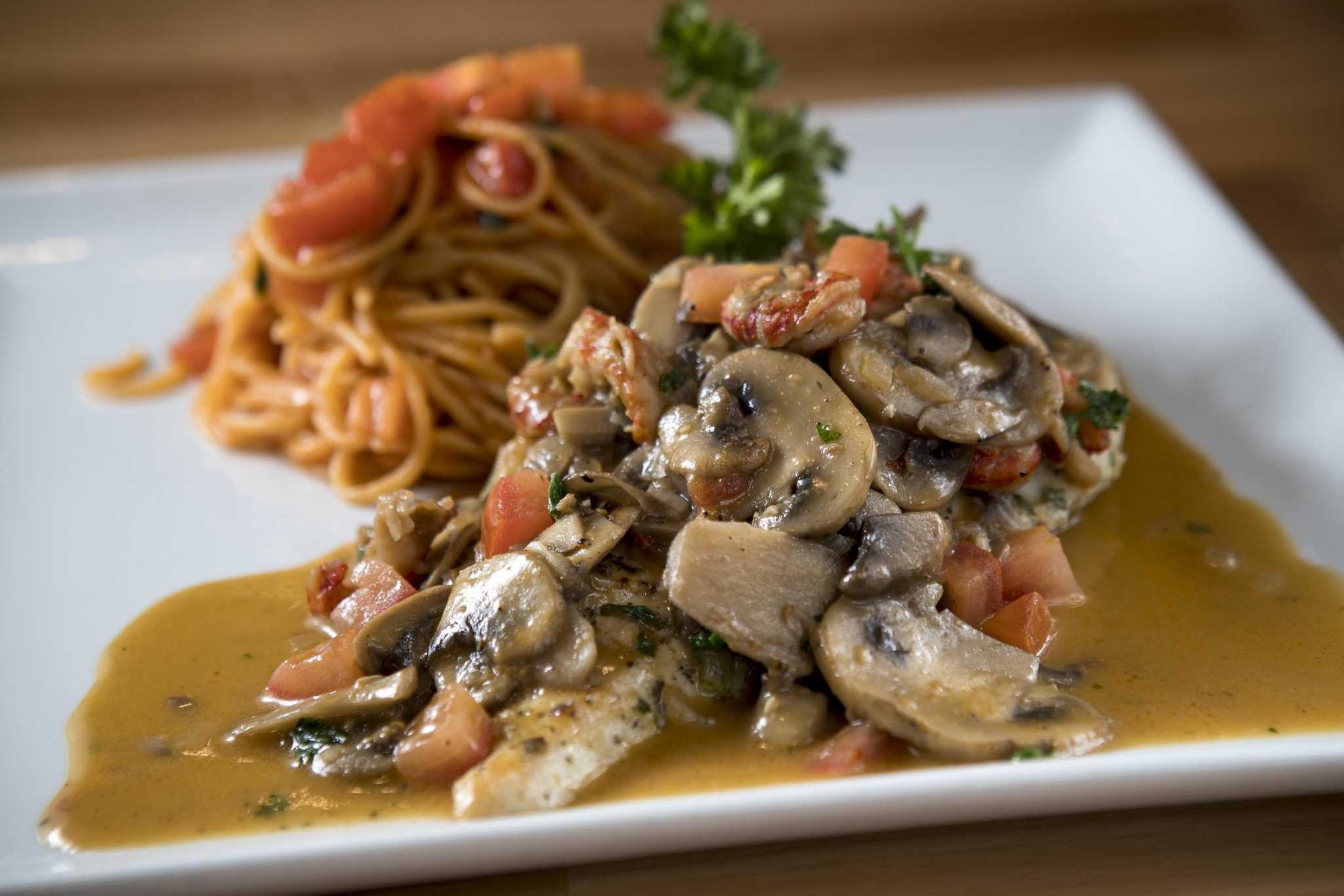 Review: The abundant, affordable charms of Fresco Cafe Italiano ...