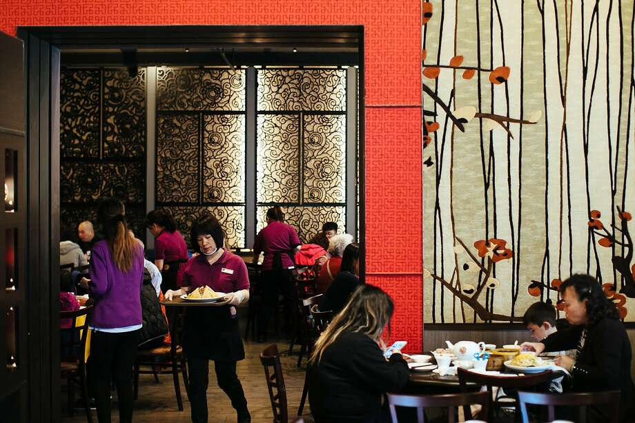 The dining room at Dragon Beaux. Photo: Mason Trinca / Special To The Chronicle