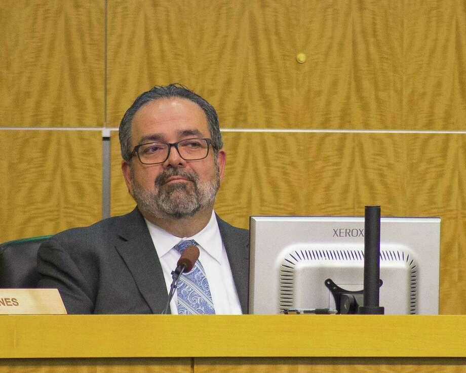 Houston ISD Deputy Superintendent Samuel Sarabia listens during an HISD school board meeting, Thursday, March 8, 2018, in Houston. ( Mark Mulligan / Houston Chronicle ) Photo: Mark Mulligan, Houston Chronicle / Houston Chronicle / © 2018 Houston Chronicle