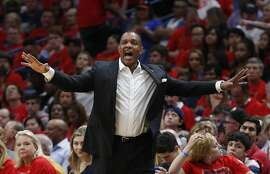 New Orleans Pelicans head coach Alvin Gentry calls from the bench during the second half of Game 3 of a second-round NBA basketball playoff series against the Golden State Warriors in New Orleans, Friday, May 4, 2018.(AP Photo/Gerald Herbert)