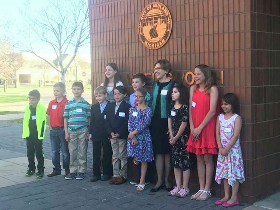 Students from Midland schools got to meet Mayor Maureen Donker and present their artwork during the Monday, May 7 City Council meeting as a part of the Make Midland Beautiful Art Celebration. (Kate Carlson/kcarlson@mdn.net)