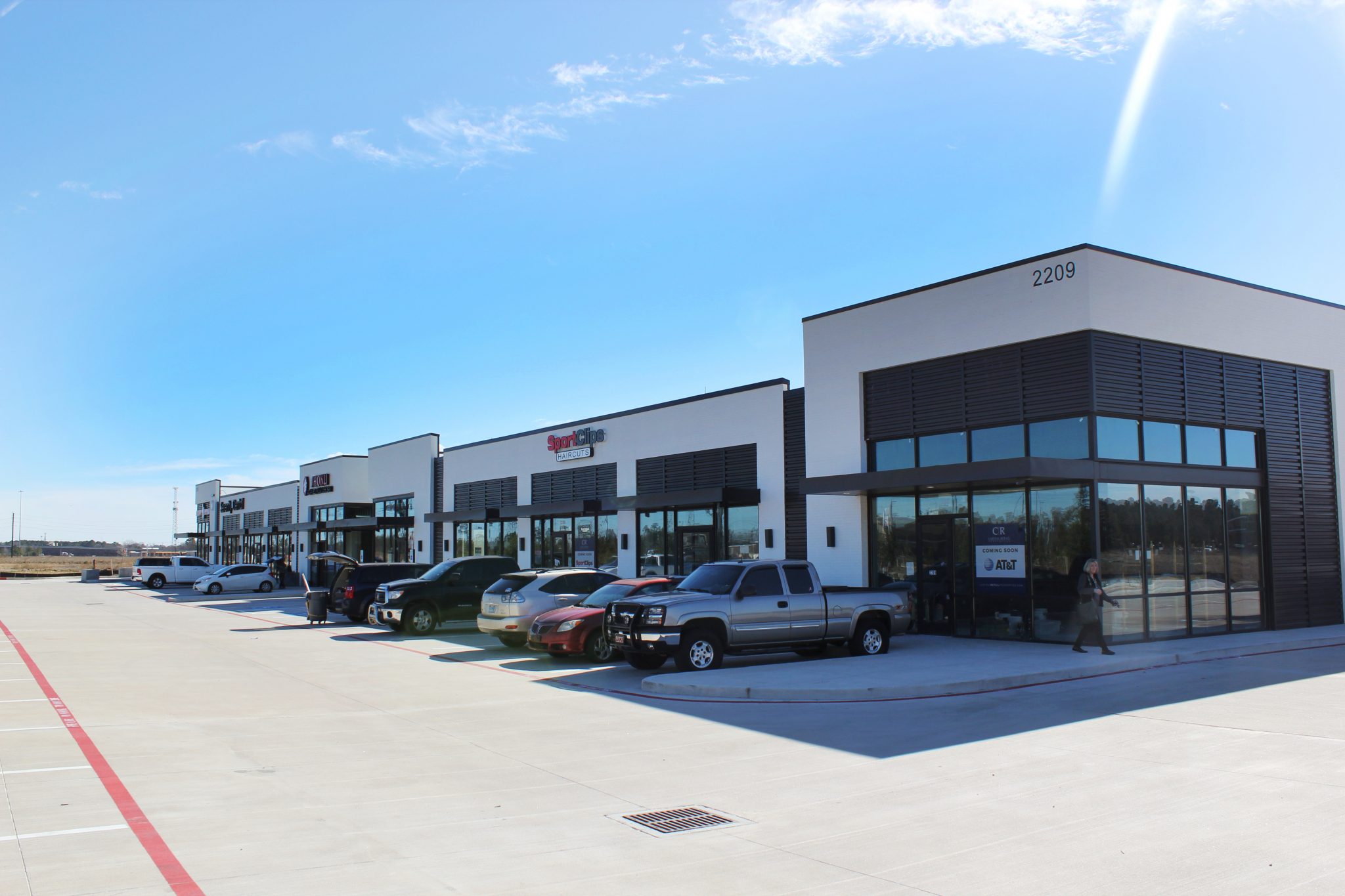 Jll Arranges Loan For Spring Retail Center Near Grand Parkway