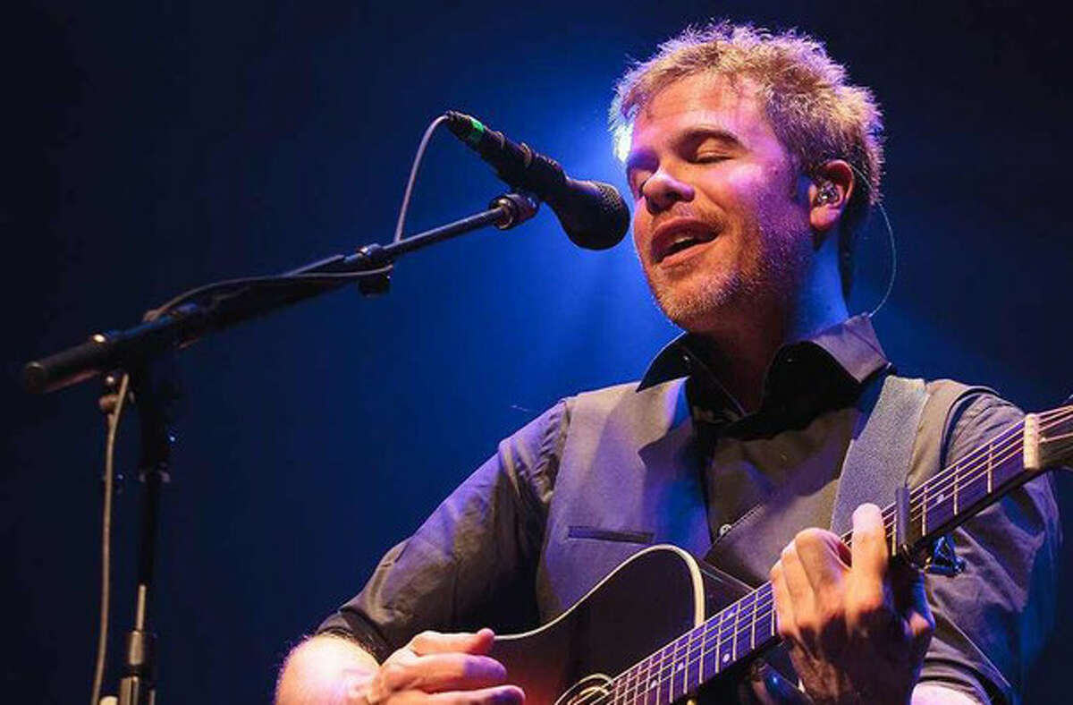 Josh Ritter, Mach 12, Bethesda Episcopal Church. Singer-songwriter performing an