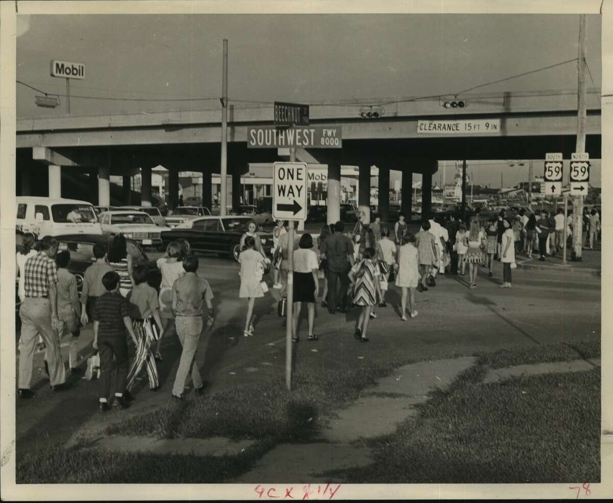 Sept. 14, 1970: Parents from the Robindell and Braes Timbers section today marched from their subdivisions to Sharpstown Junior High School, 8330 Triola, to protest zoning of their children into that school instead of Fondren Junior High School, 6333 South Braeswood, which is just across Brays Bayou from the subdivisions. About 70 parents and children made the peaceful march, which took them down Beechnut and under the Southwest Freeway, a distance of about three miles.