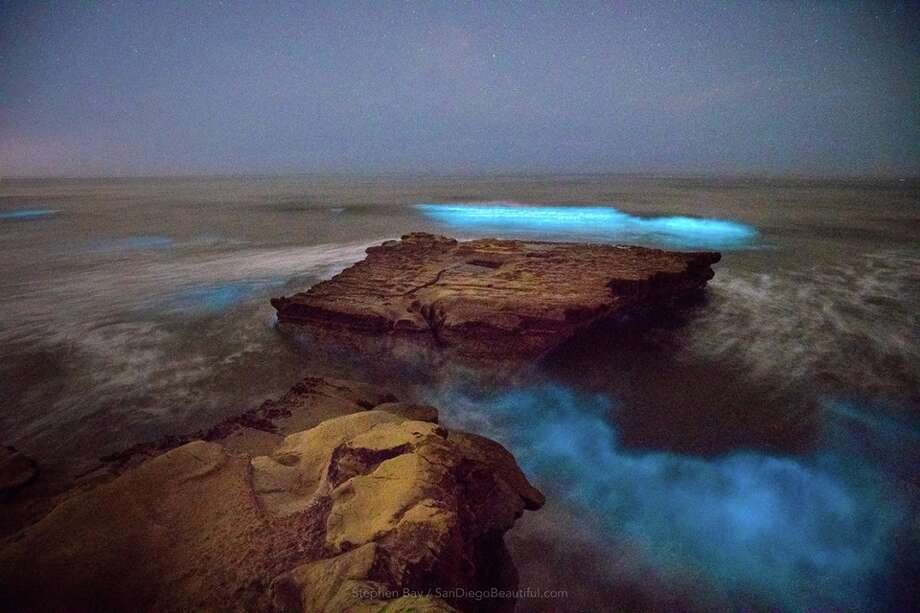 Red Tide Turns Ocean Electric Blue In San Diego Sfgate