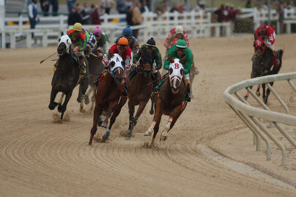 Delta Downs Racetrack offers thoroughbred and quarter horse racing.