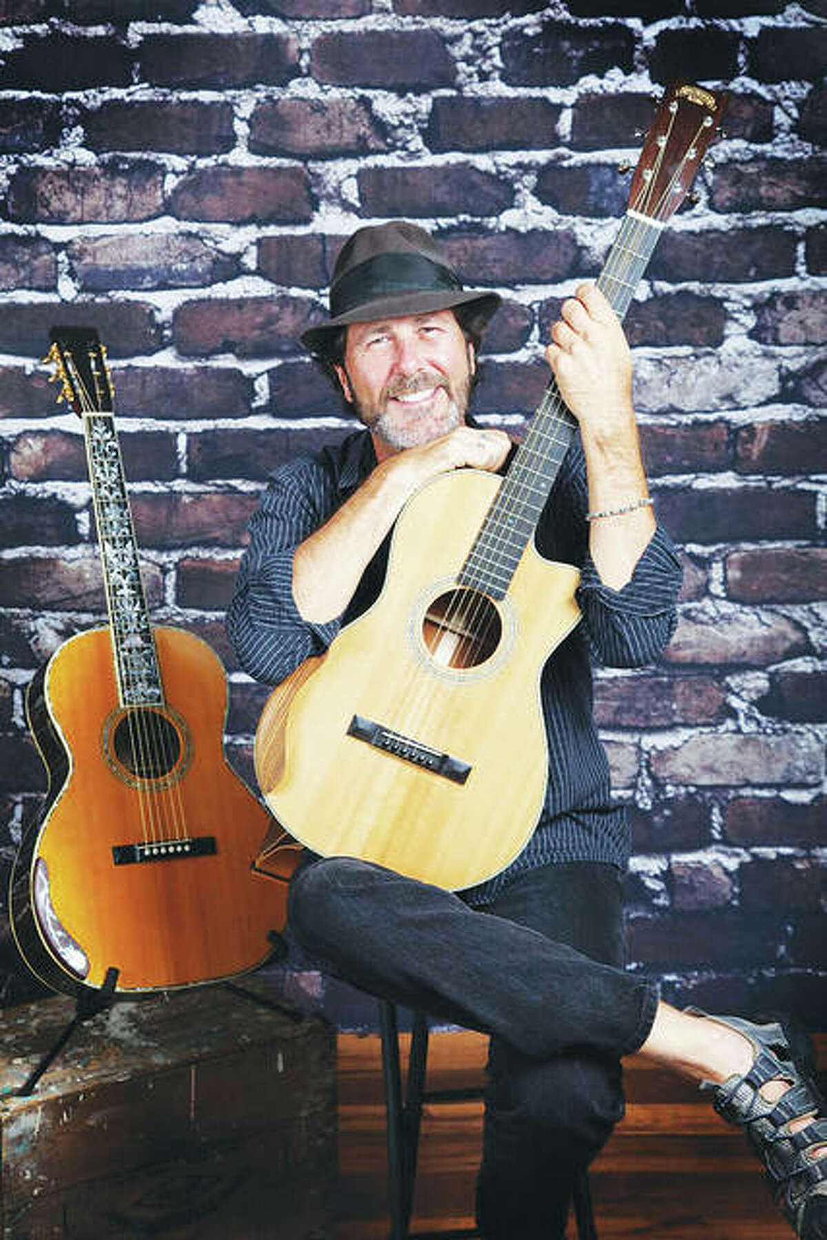 Barry Cloyd will perform on Saturday, May 19, in the new gazebo behind Green Tree Inn.