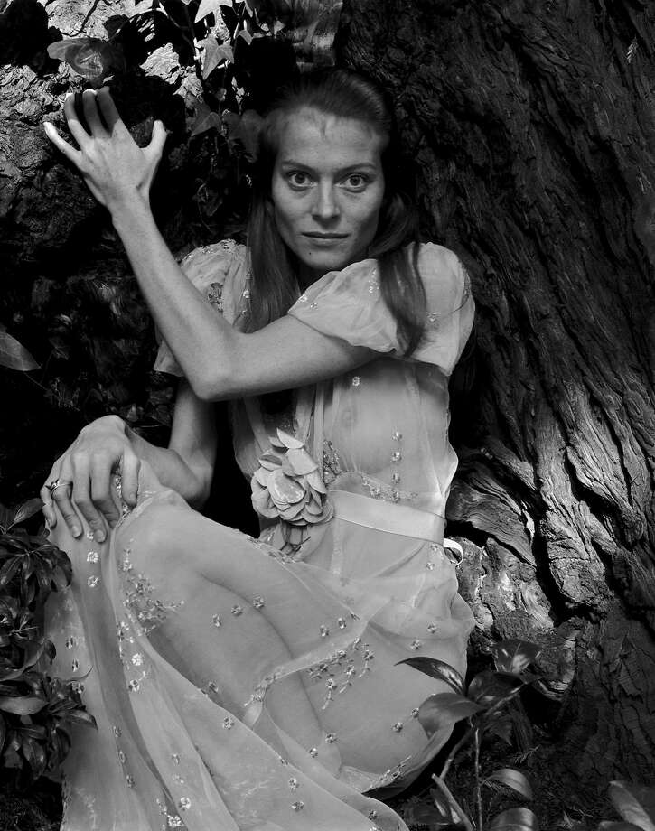 "Judy Dater, ""Twinka and Tree, San Anselmo, California"" (1970) Photo: © Judy Dater / FAMSF"