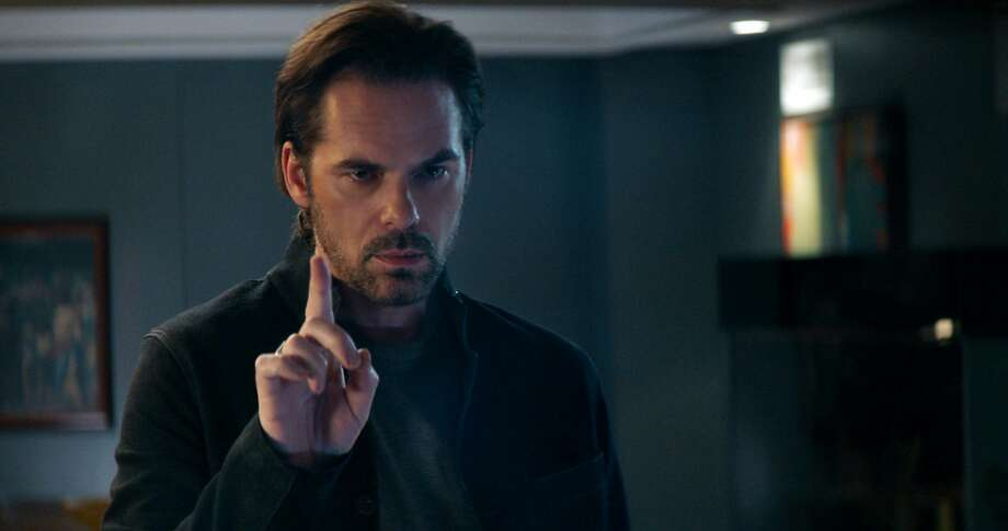 "Billy Burke in ""Breaking In."" Photo: Universal Pictures"