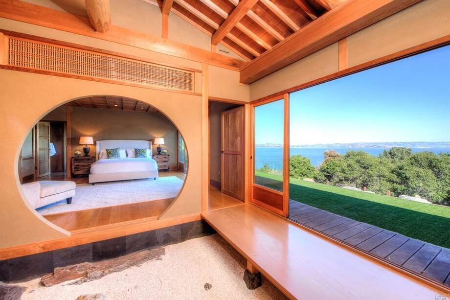 Unique and tranquil Japanese style mansion on the Tiburon waterfront listed at $5.495M lingers on the market, despite its beauty. Photo: Bill Bullock And Lydia Sarkissian/Sothebys