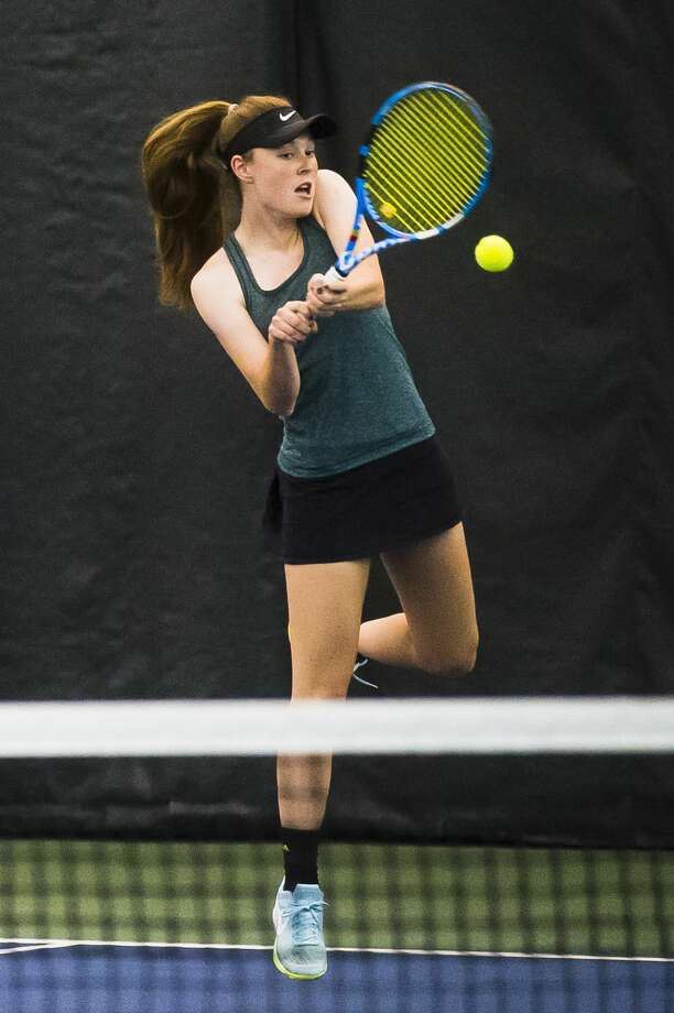 Dow's Sarah Ismail returns the ball during a meet on Thursday, May 10, 2018 at the Greater Midland Tennis Center. (Katy Kildee/kkildee@mdn.net) Photo: (Katy Kildee/kkildee@mdn.net)