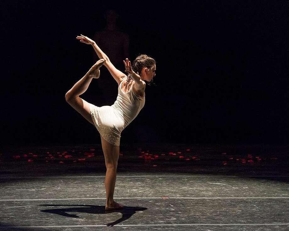 """Ramona Kelley in """"Bloom"""" (2013), choreography by Robert Moses. Photo: Jorge Alejandro Gomez"""