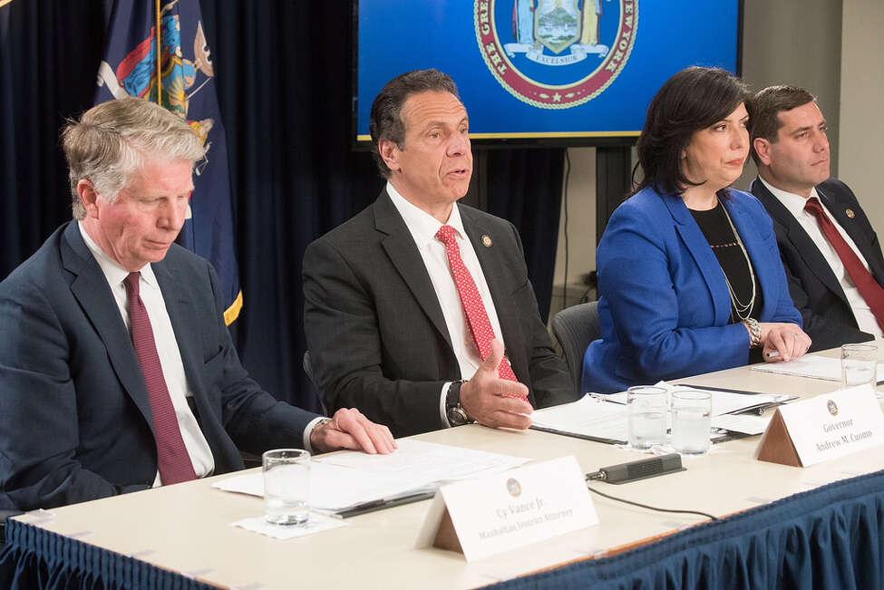 Governor Andrew M. Cuomo makes an announcement with Nassau County DA Madeline Singas, Suffolk County DA Tim Sini and Manhattan DA Cy Vance Jr. (Gov. Andrew Cuomo's Flickr)