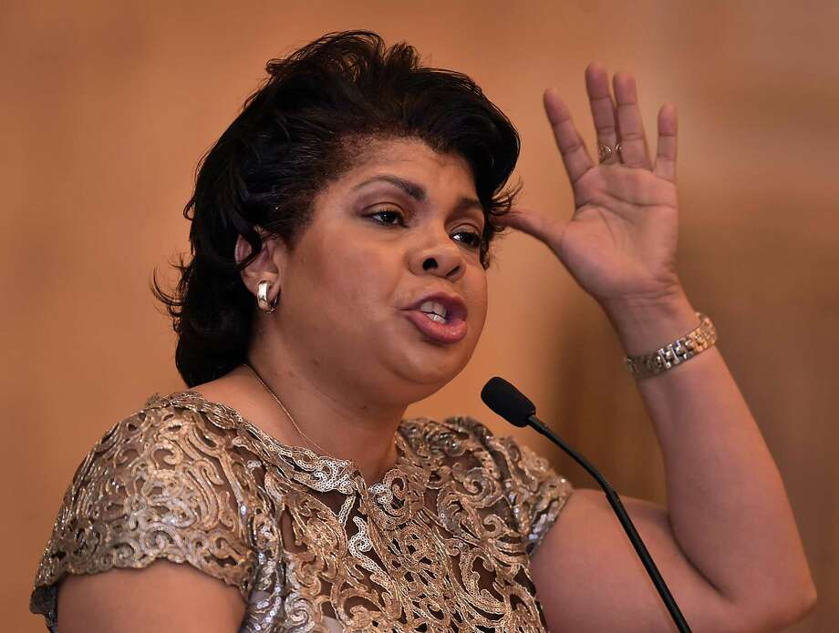 White House correspondent, CNN political analyst and author April Ryan speaks at the Greater New Haven branch of the NAACP's 101st Freedom Fund Dinner Thursday at the Omni New Haven Hotel at Yale. Photo: Catherine Avalone / Hearst Connecticut Media / New Haven Register