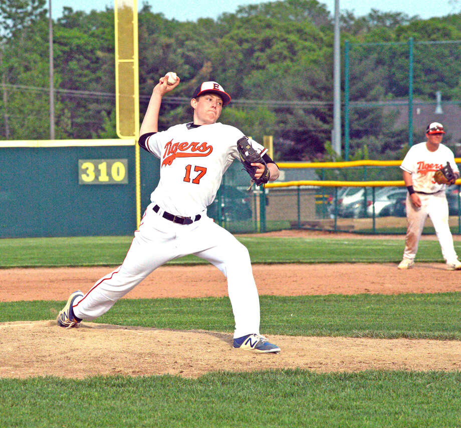 Edwardsville's Matthew Boyer delivers a pitch during the fifth inning of Thursday's Southwestern Conference game against Belleville West at Tom Pile Field.