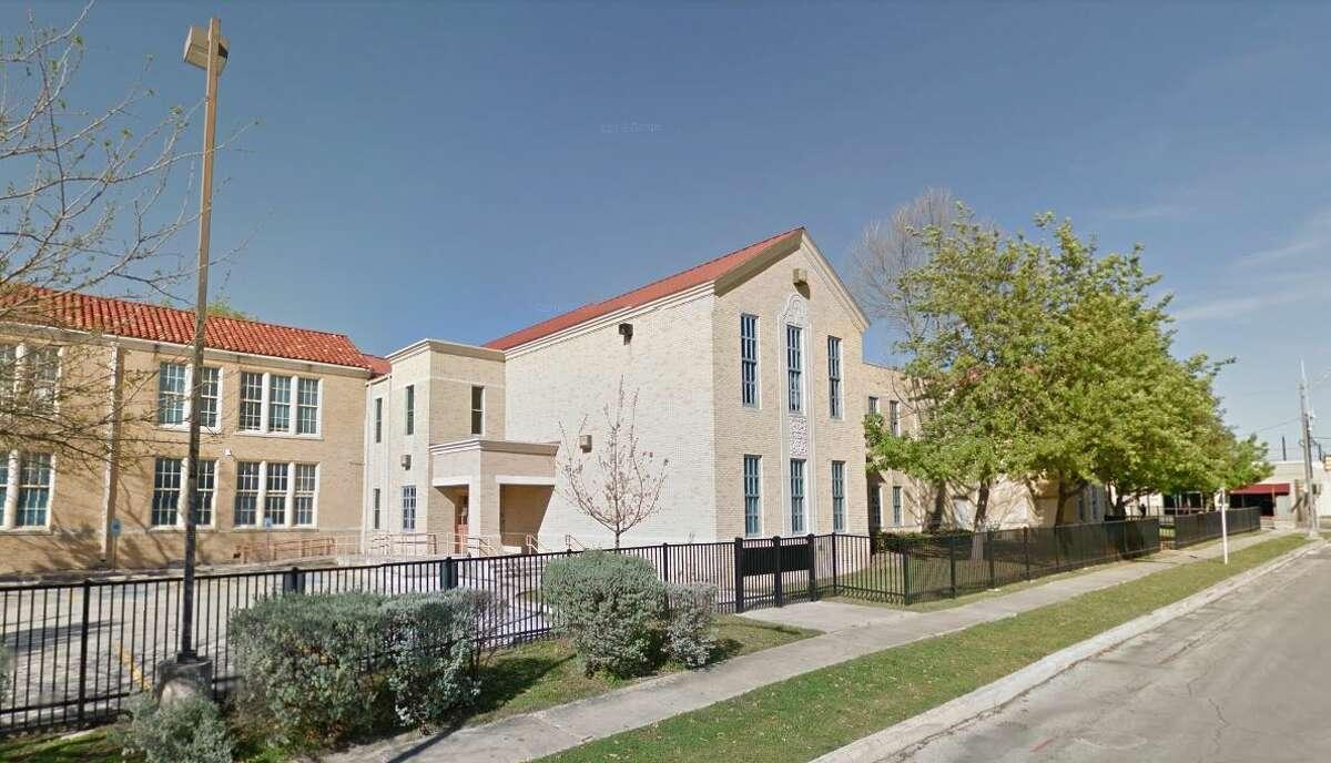 4. Travis Early College High School - San Antonio ISD
