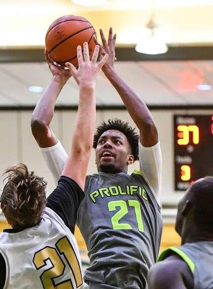 Recruiting stunner: 5-star center Jordan Brown opts for
