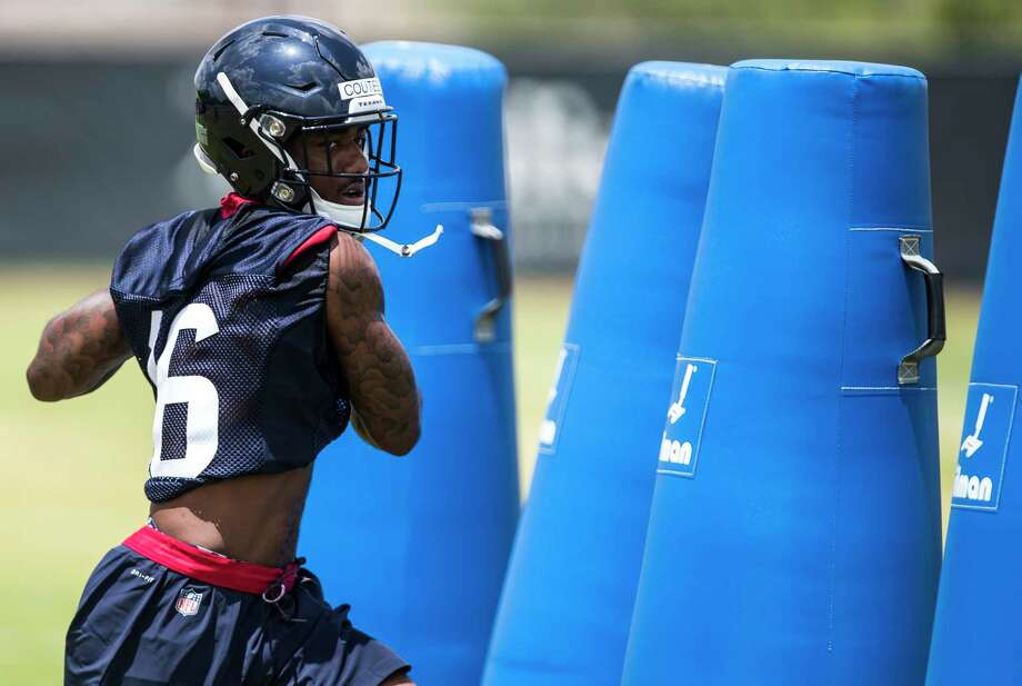 Texans wide receiver Keke Coutee makes a catch during a drill Friday at rookie minicamp at The Methodist Training Center. Photo: Brett Coomer, Houston Chronicle / © 2018 Houston Chronicle