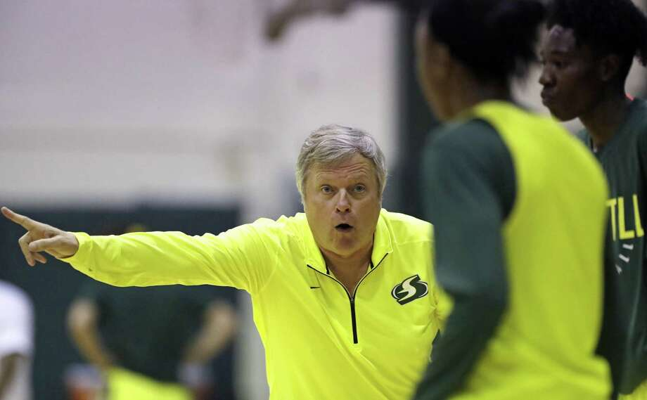 New Seattle Storm head coach Dan Hughes directs players during the first day of the WNBA basketball team's training camp Sunday, April 29, 2018, in Seattle. The camp will run three weeks and the team opens their regular season at home May 20 against the Phoenix Mercury. (AP Photo/Elaine Thompson) Photo: Elaine Thompson, STF / Associated Press / Copyright 2018 The Associated Press. All rights reserved.