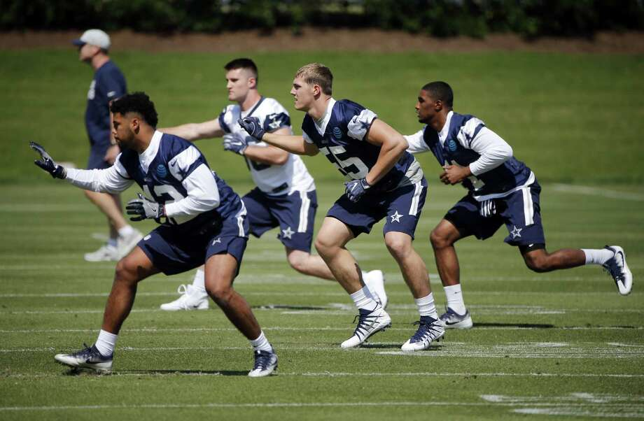 Dallas Cowboys inebacker Ed Shockley (42), tight end Dalton Shultz (86), Leighton Vander Esch (55) and linebacker Kyle Queiro (41) go through drills during the team's NFL football rookie minicamp in Frisco, Texas on Friday, May 11, 2018 (AP Photo/Michael Ainsworth) Photo: Michael Ainsworth, FRE / Associated Press / FR171389 AP