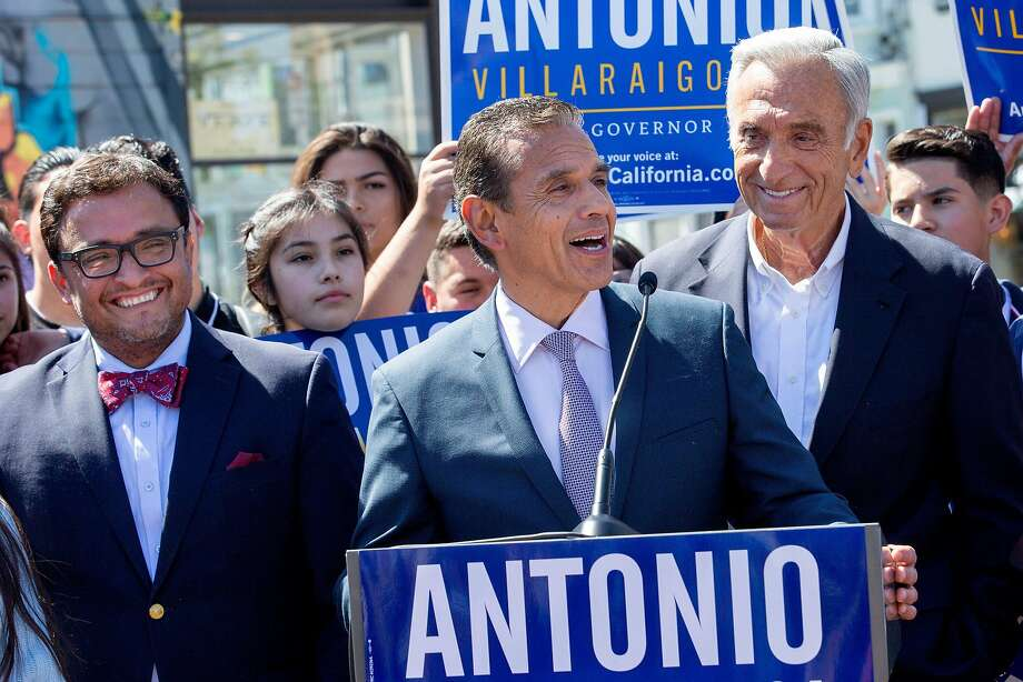 Democratic gubernatorial candidate and former Los Angeles Mayor Antonio Villaraigosa (at podium) outside the 24th Street BART Station, Friday, May 11, 2018, in San Francisco, Calif. Villaraigosa accepted an endorsement from Art Agnos (right), a former mayor of San Francisco. Former Board of Supervisors member David Campos (left) also stands in Villaraigosa's support. Photo: Santiago Mejia / The Chronicle
