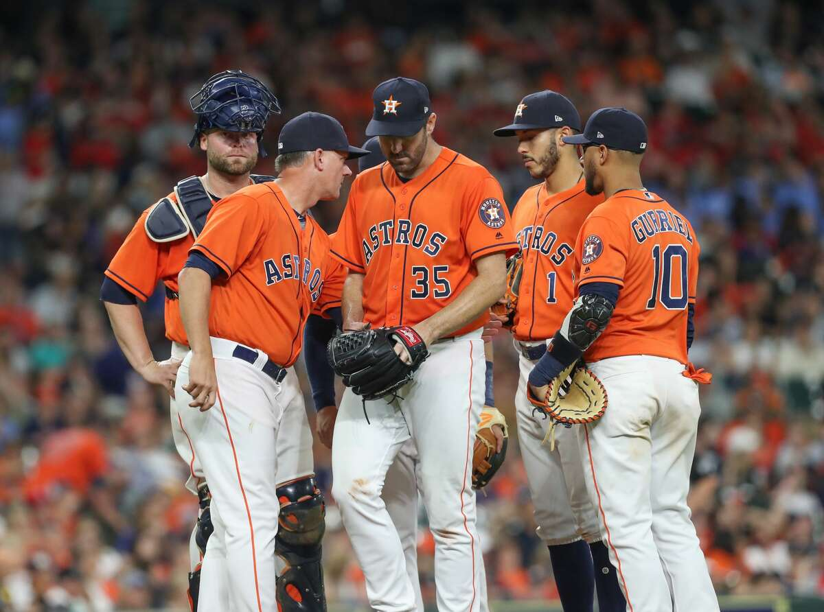 Houston Astros starting pitcher Justin Verlander (35) leaves the game in the 7th inning at Minute Maid Park Friday, May 11, 2018, in Houston. ( Steve Gonzales / Houston Chronicle )
