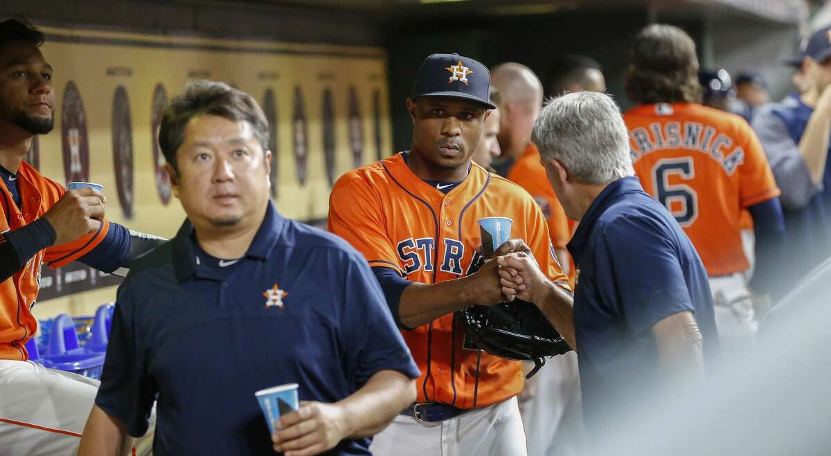 Houston Astros relief pitcher Tony Sipp (29) is congratulated by his teammates at Minute Maid Park Friday, May 11, 2018, in Houston. ( Steve Gonzales / Houston Chronicle )